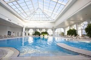 8970d4bc880bf24c71fc7ec85a0256a7_indoor_swiming_pool1_em_hammamet-jpg__1024x683_